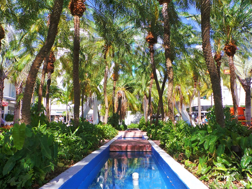 Exploring Iconic Miami Beach Destinations - Lincoln Road Fountain Gardens