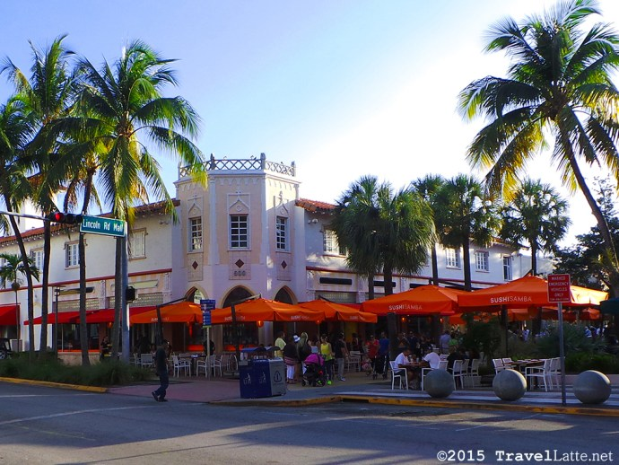 Exploring Iconic Miami Beach Destinations - Dining at Lincoln Road