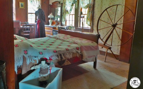 Ruth's Room in the Russell-Colbath House via @TravelLatte
