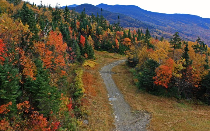 Fall color in Vermont's Green Mountains via @TravelLatte