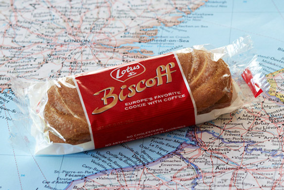 Biscoff Cookies return to American Airlines via @TravelLatte