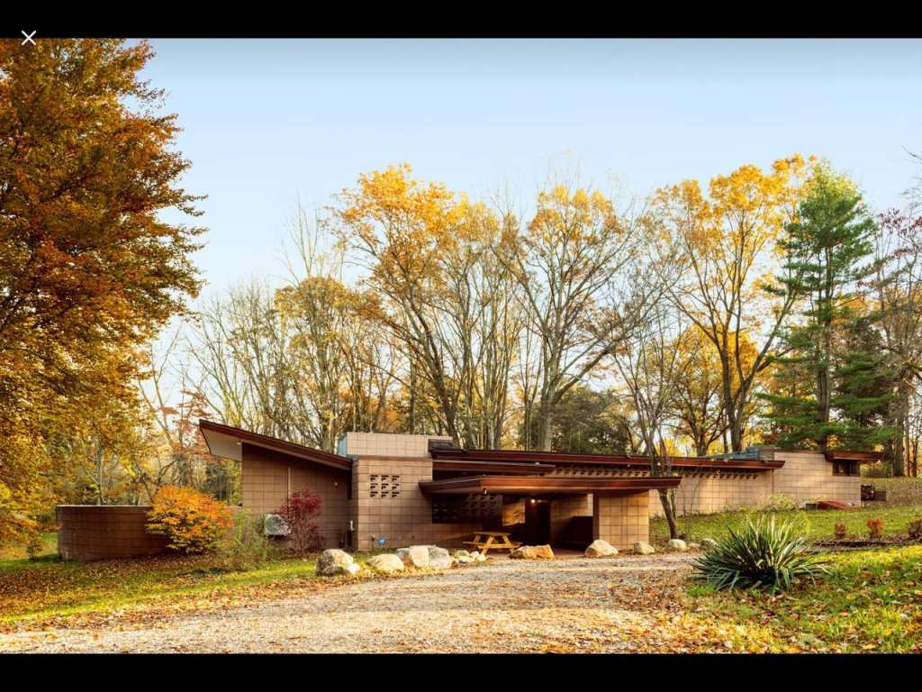 Photo of the Eppstein House - Will Travel for the Wright Sights via TravelLatte