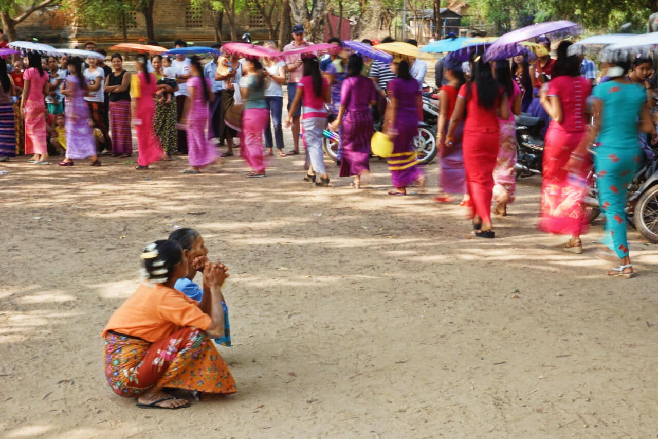 Myanmar photos women in parade