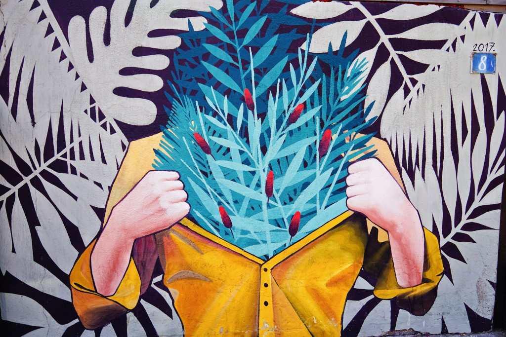 Belgrade Street Art: plants