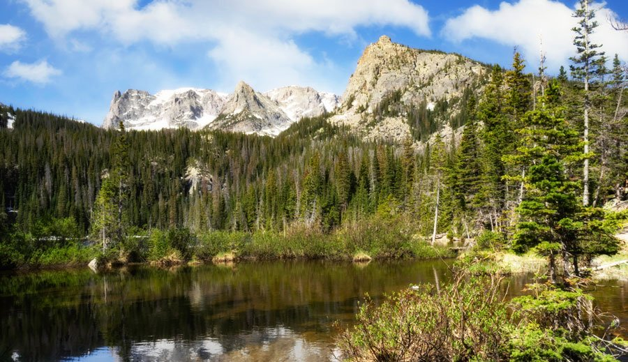 View of the Fern Lake in Rocky Mountain National Park