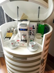 Coffee / Tea and Bar stand