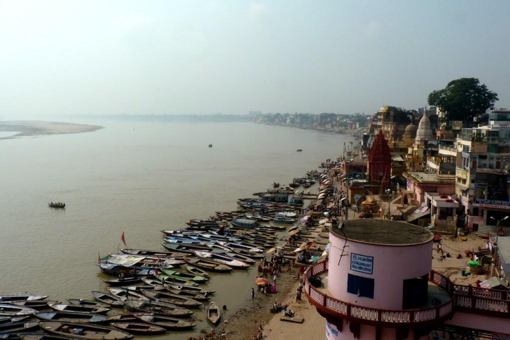 Varanashi-landscape-traveller-Priyo
