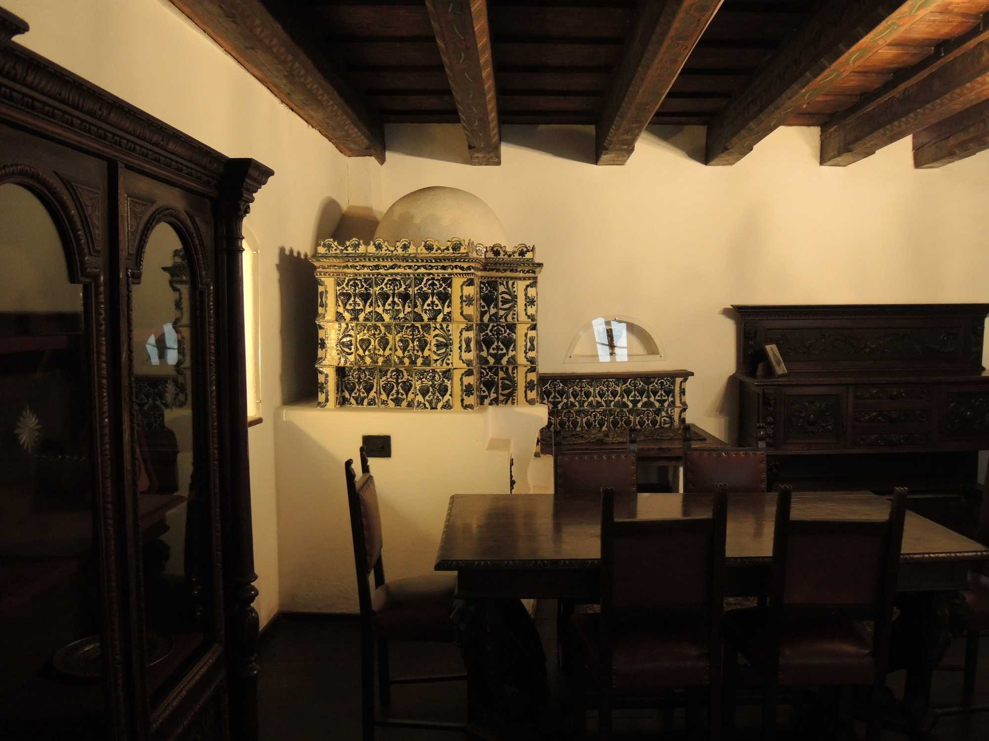 Il castello di dracula  Travellers cafe