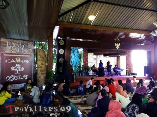 live musik kampung coklat