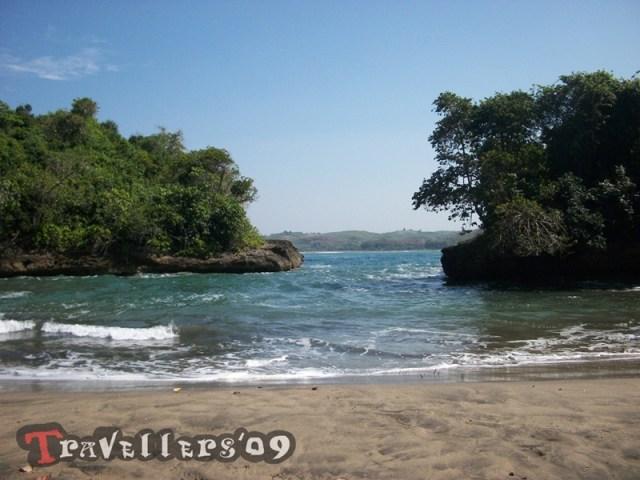 Pantai Mesang Padang Blitar, Lengkungan Mini nan Eksotis di Teluk Serang 3