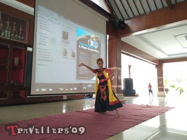 Seminar Pariwisata dan Workshop Fotografi, dalam Rangkaian Peringatan 9 Tahun DTrav 8