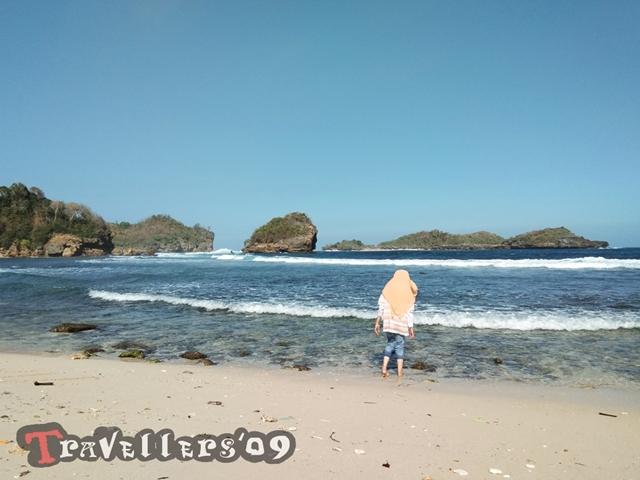 Pantai Peh Pulo, Raja Ampatnya Blitar 3