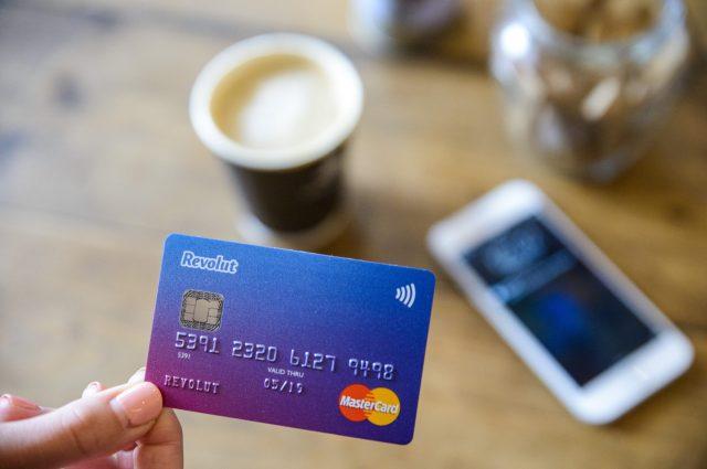 Κάρτα Revolut: Η καλύτερη λύση για τους ταξιδιώτες!Αποκτήστε την δωρεάν & κάντε συναλλαγές χωρίς προμήθειες!