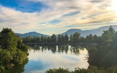Απόδραση στην παραδεισένια λίμνη Μπελέτσι μόλις 30 λεπτά από την Αθήνα!