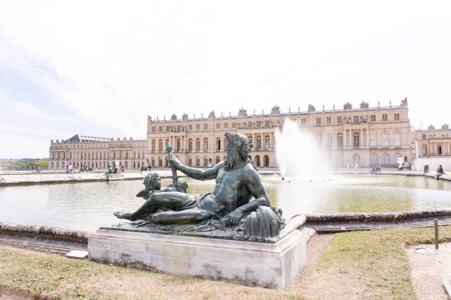 "Chateau de Versailles and how not to use the ""skip the line tickets"""