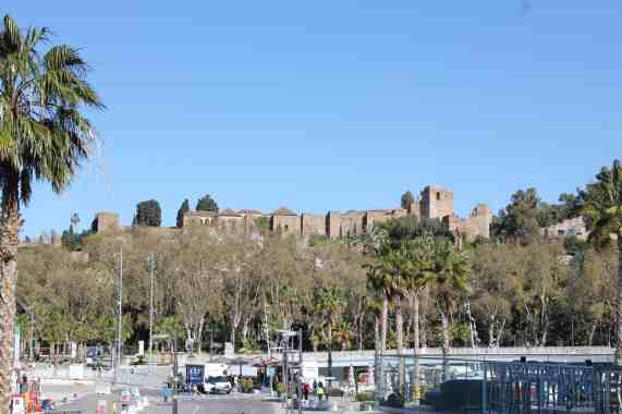 things to do in malaga, malaga facts, where to stay in malaga, free things to do in malaga, malaga airport transfer