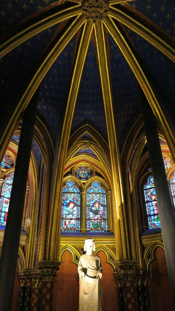 Inside the stunning Saint Chappelle