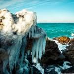 Непривычно морозная зима в Крыму – шторм, снеговые бури и угроза схода лавин