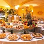 Справочник туристических терминов: как разобраться в типах размещения и типах питания в отелях