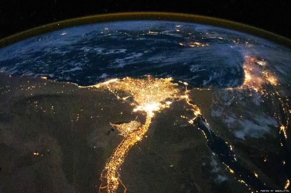 Дельта реки Нил - ночная съемка.