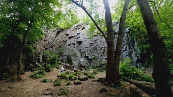 Дениши скалы