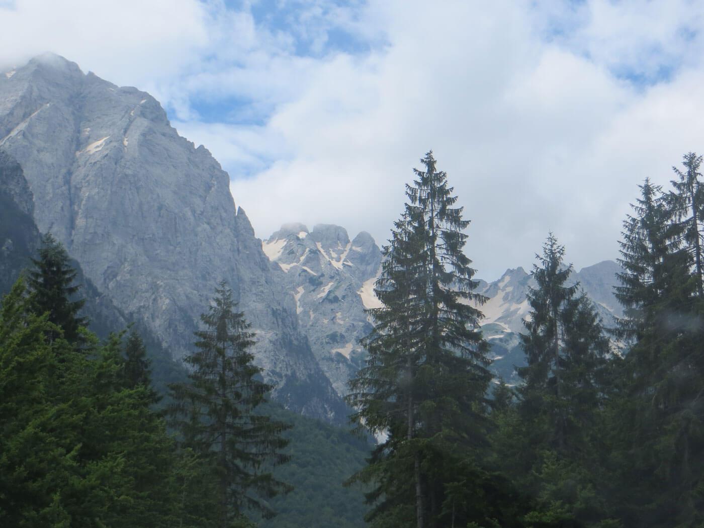 Valbona-pas Theth bergen prachtig landschap