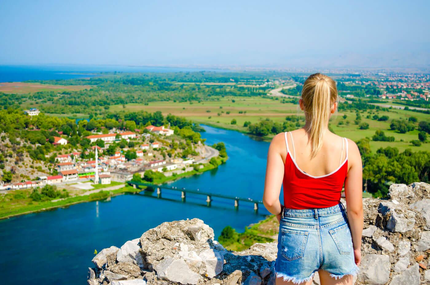 Shkoder-uitzicht-vanuit-het-rozafa-kasteel-1400