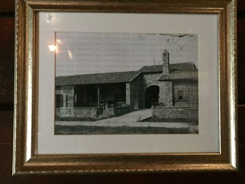 Exterieur van het toenmalige Jachthotel.