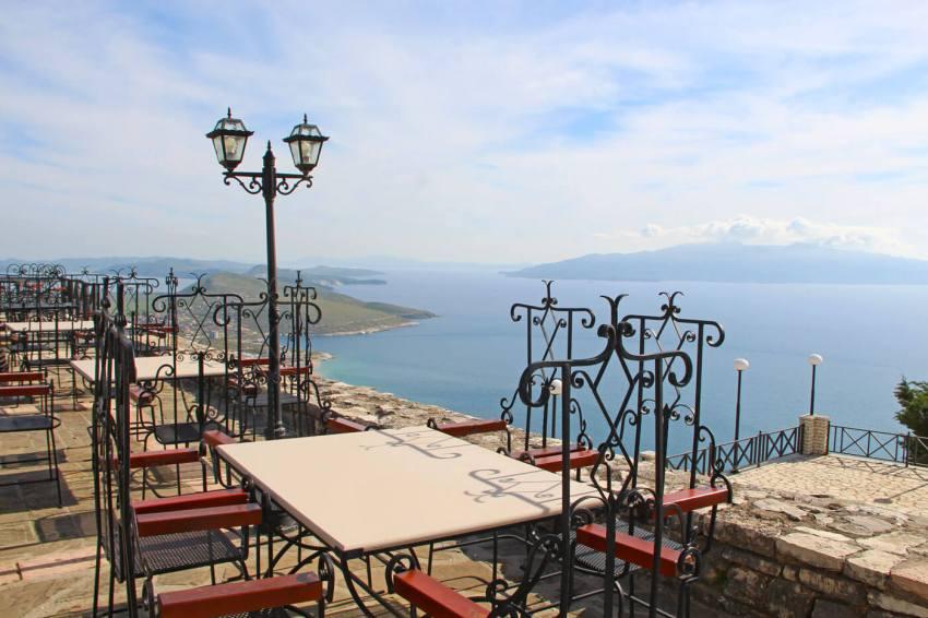 Het uitzicht vanaf het Lekuresi Kasteel. Foto: Poli Loman
