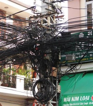 Jumbled wires
