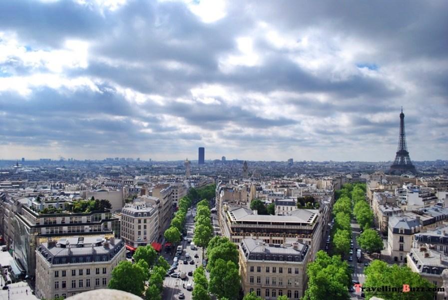 Paris, a view from Arc de Triomphe | © TravellingBuzz Photo