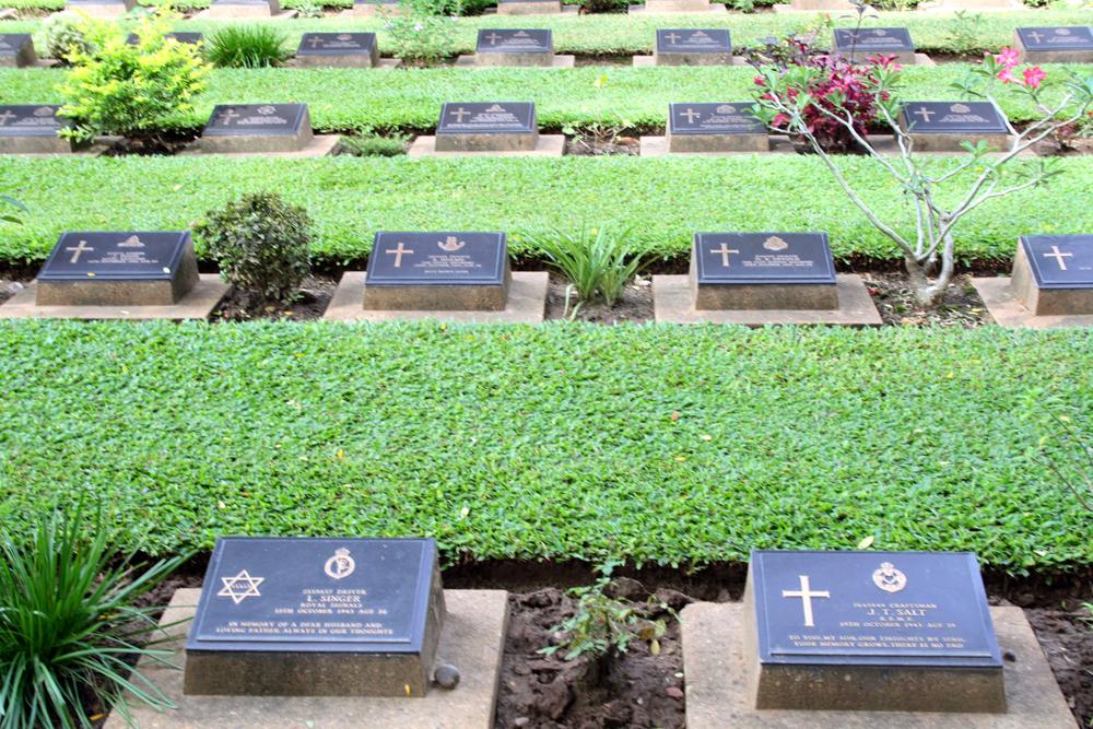 Kanchanaburi-Soldatenfriedhof Don Rak Kanchanaburi Thailand Asien