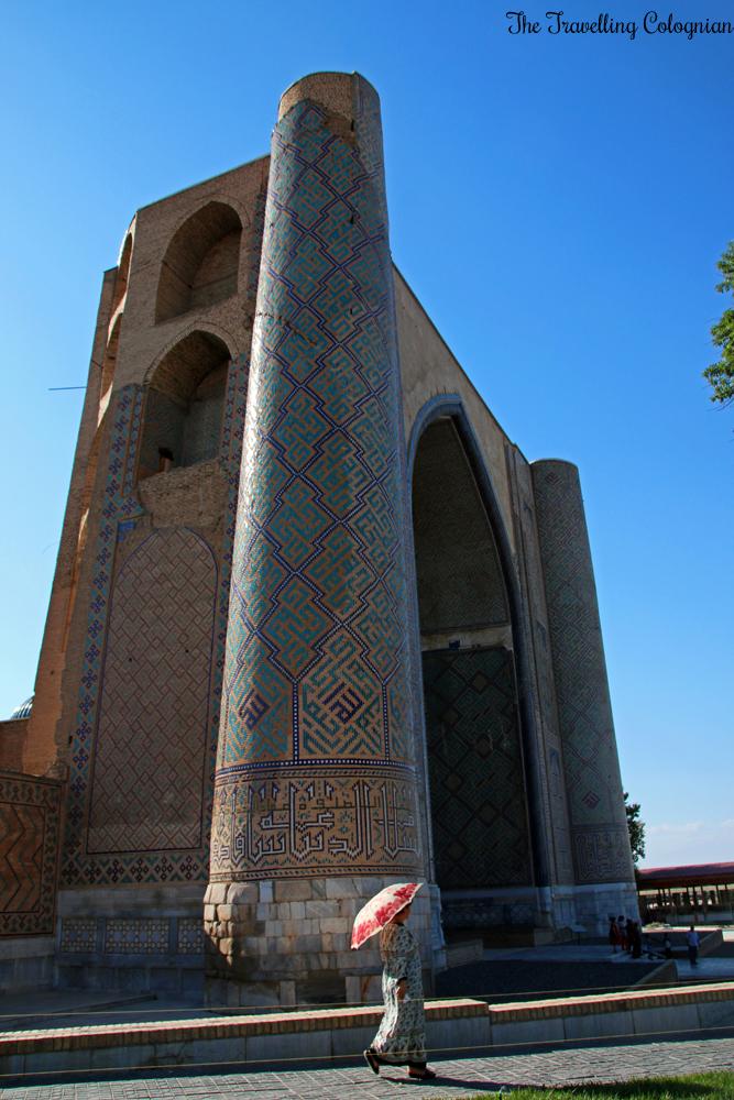 Die Juwelen von Samarkand - die Bibi Chanum Moschee von außen