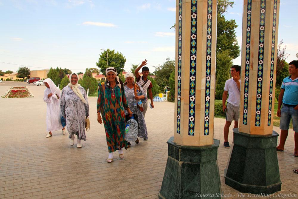 Nurata-Kysylkum-Uzbekistan-Pilgrims