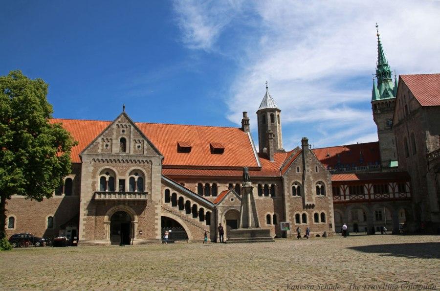 Burg Dankwarderode Rathausturm Braunschweig Niedersachsen Deutschland EUROPA