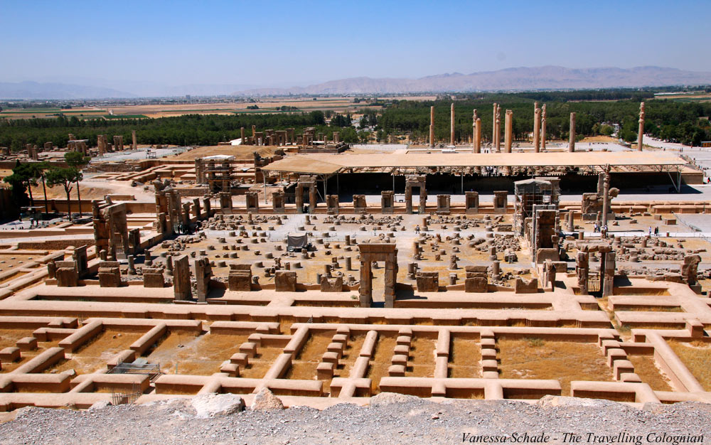 Persepolis_from_above_Iran_UNESCO_World_Heritage_Iran_MIDDLE_EAST