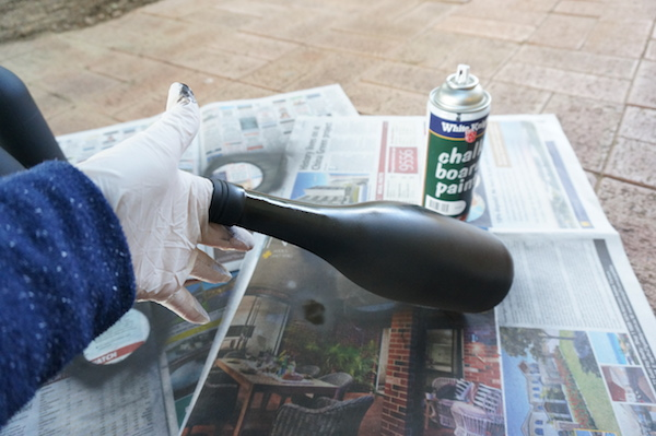 How to paint wine bottles with chalkboard paint
