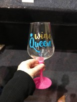 Wine Queen - Glass That Glitters