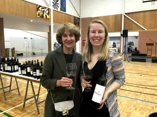 jo-of-3drops-wine-and-travelling-piccolo-at-the-wine-show-of-western-australia