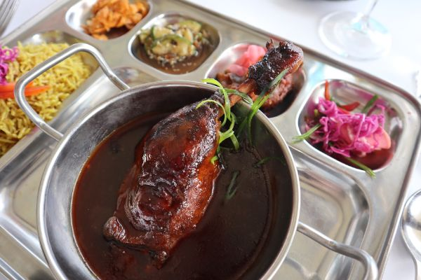 silas hot thali duck special at pepper and salt denmark
