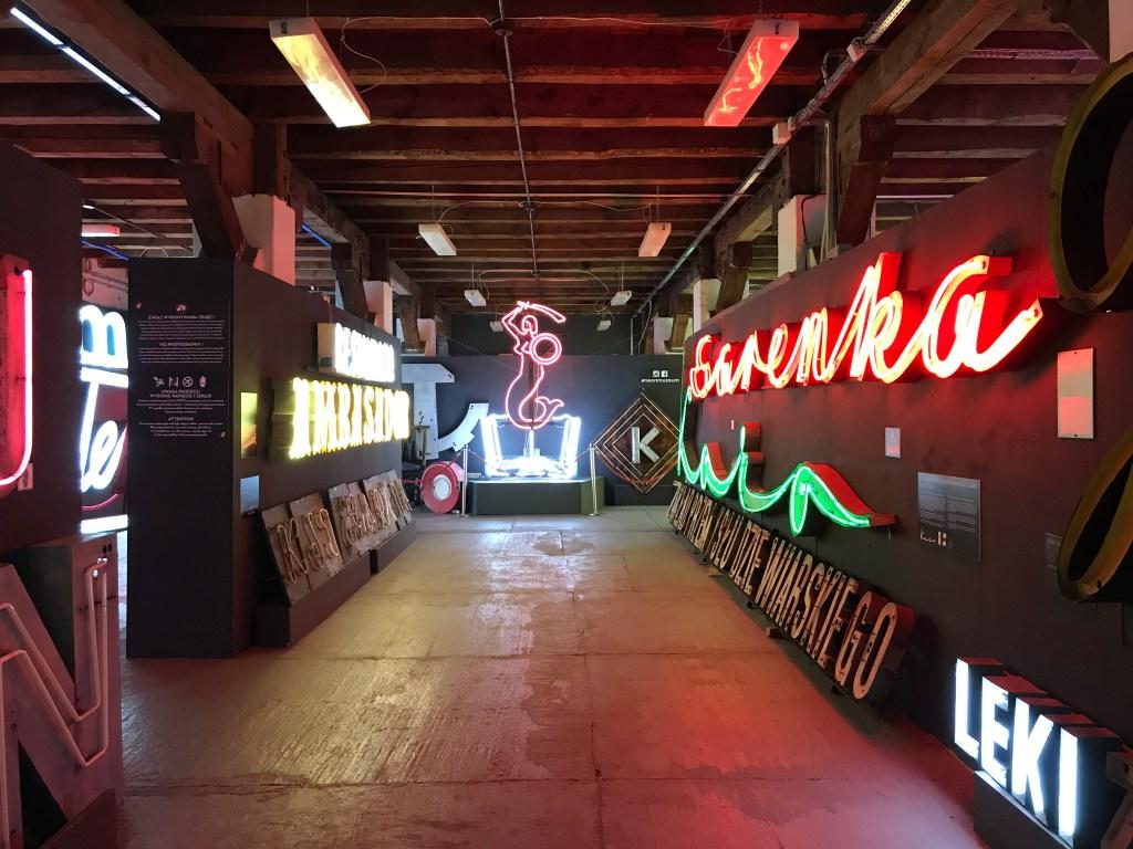 warsaw neon museum