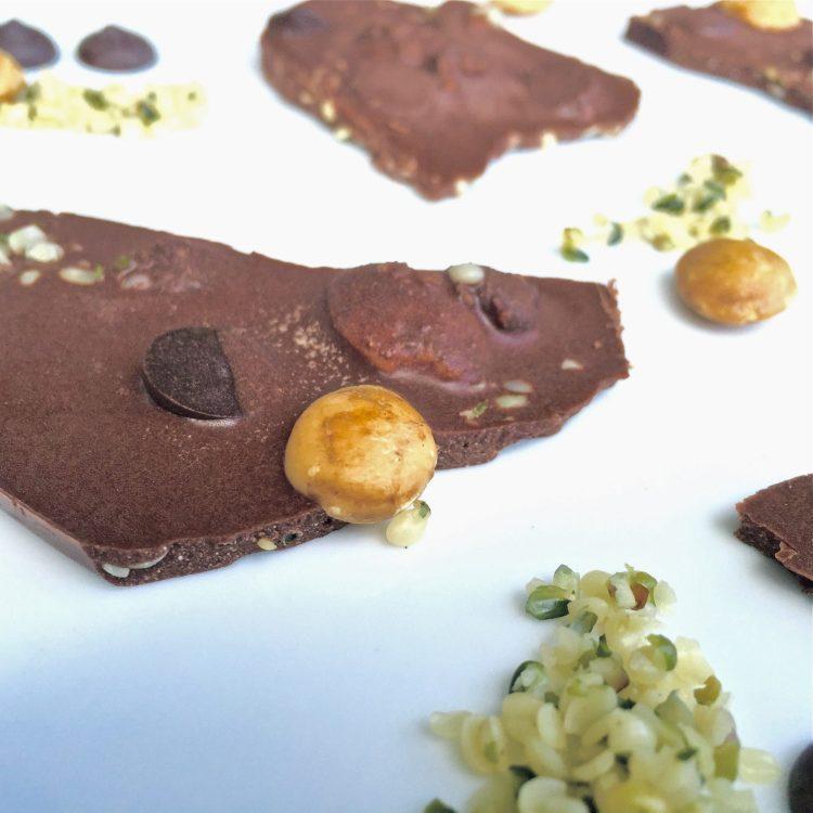 sugar free sacha inchi and hemp protein chocolate