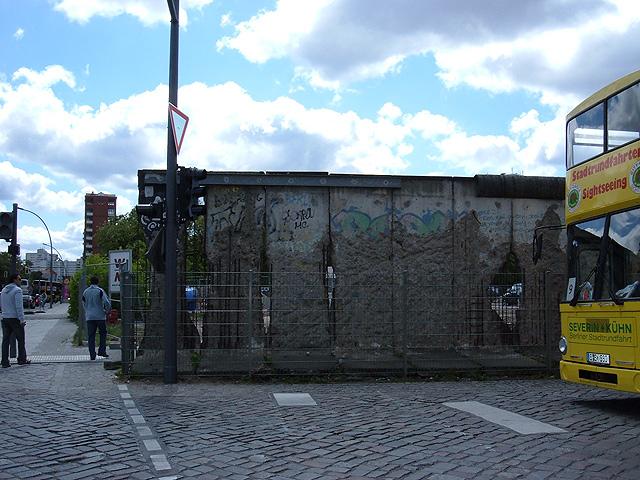 muro-de-berlin-autentico-640