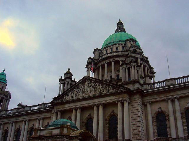 Recorre Belfast en los años 90 con nuestra ruta histórica