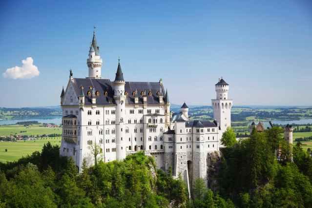architecture building castle daylight