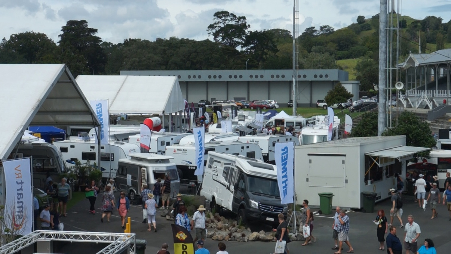 Exploring the Covi Motorhome, Caravan & Outdoor Supershow