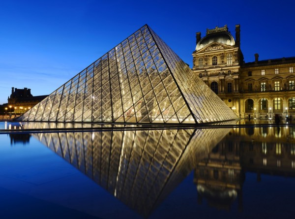 Louvre Virtual Tour - Travelling Moods