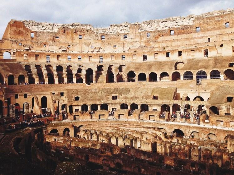 rome-italy-coliseum-roma