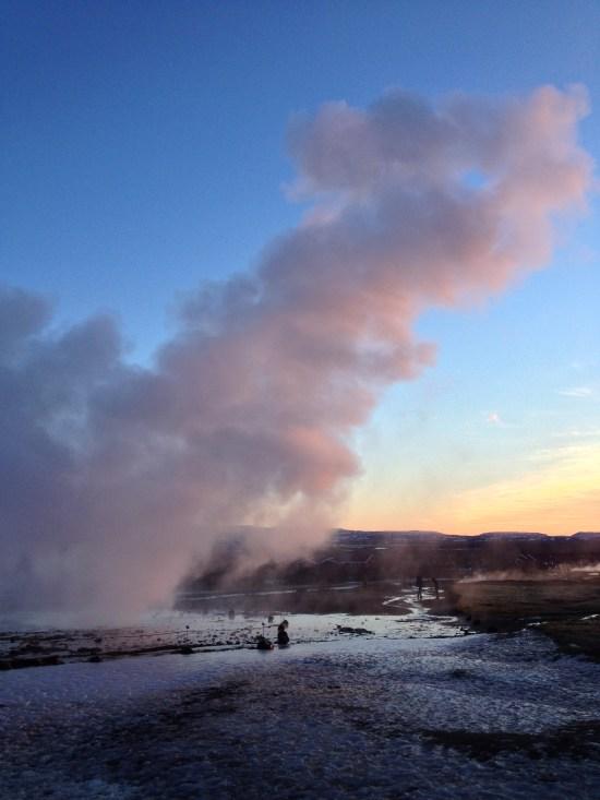 strokkur-geysir-sunset-iceland