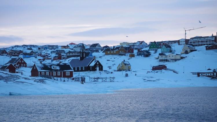 greenland-ilulissat-winter-zion-church